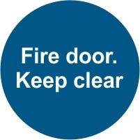 FIR040 - Fire door. Keep clear
