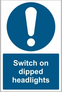 CAR041 - Switch on dipped headlights