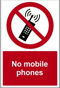 WAR017-No-mobile-phones