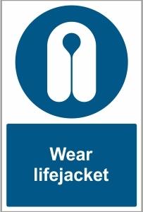 WAT032 - Wear lifejacket