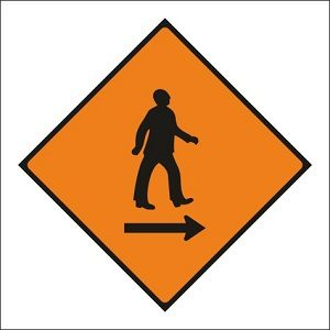 Pedestrians Cross to Right - WK081
